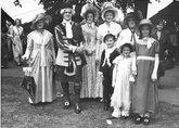 Carlisle Pageant 1951, Image of Ken Ogilvie as Bonnie Prince Charlie and some admirers