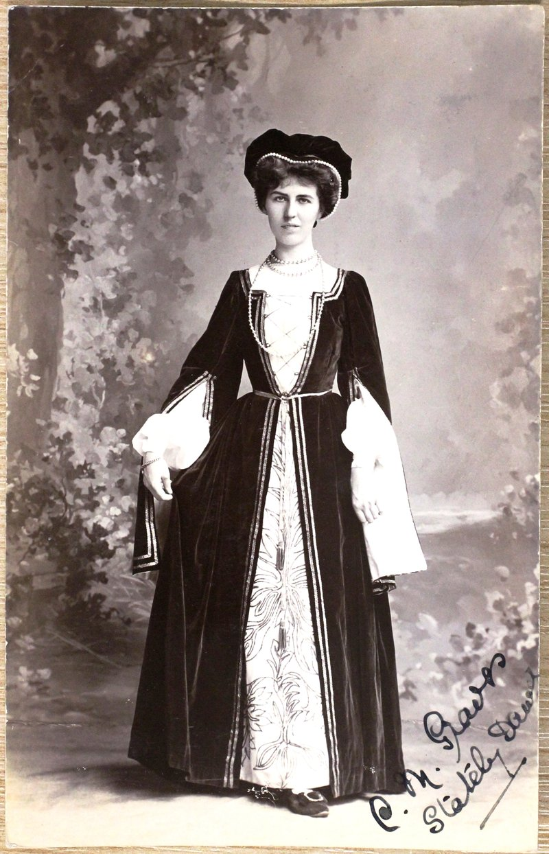 Postcard of Stately Dancer