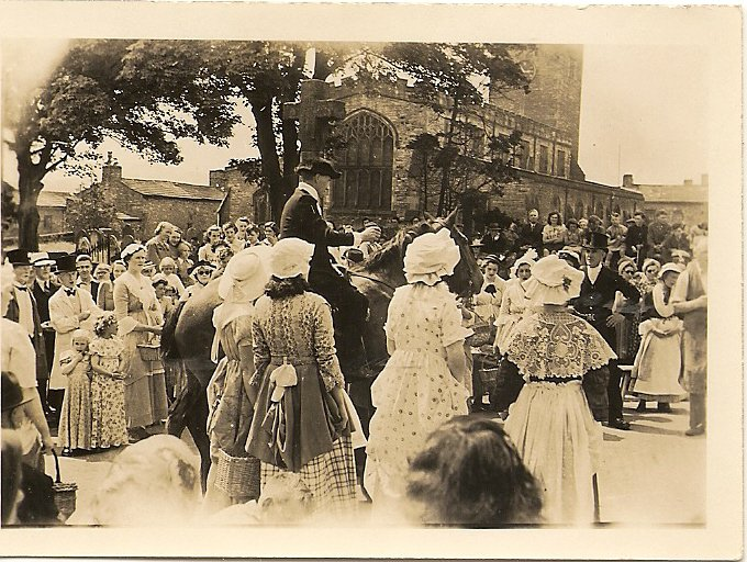 Askrigg Pageant 1944
